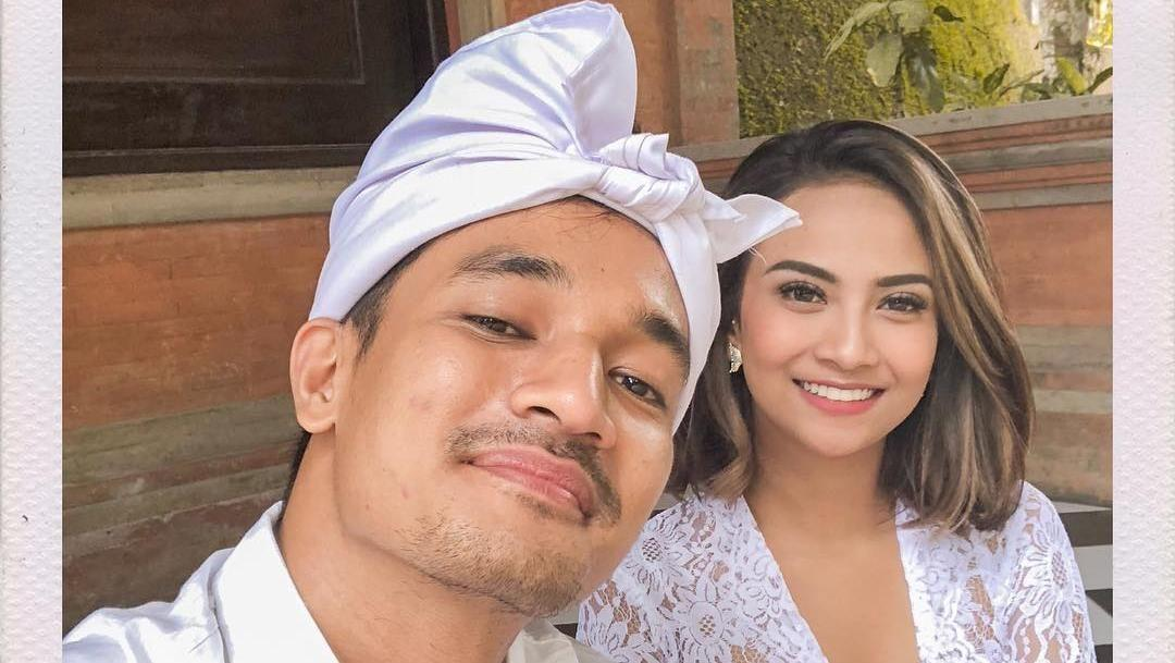 Suami Vanessa Angel Pamer Foto Mesra Netizen Doakan Cepat Dapat