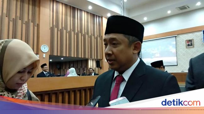 Jokowi Ingatkan Soal Studi Banding, Plh Walkot Bandung: Kita Efisiensi - Detiknews