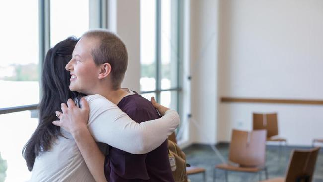 15 Kata Motivasi Saat Jenguk Orang Sakit Dukungan Agar Cepat Sembuh