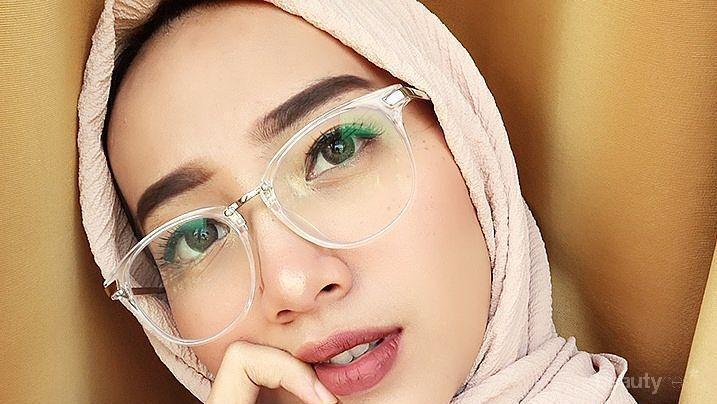 Simpel Dan Cantik Ini Dia 3 Tips Gaya Hijab Untuk Wajah Bulat Dan Kamu Yang Berkacamata