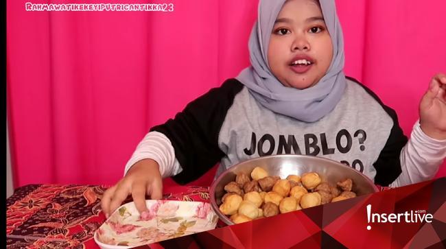 Kekeyi Mukbang Ayam Panggang Netizen Sahabatnya Kok Dimakan