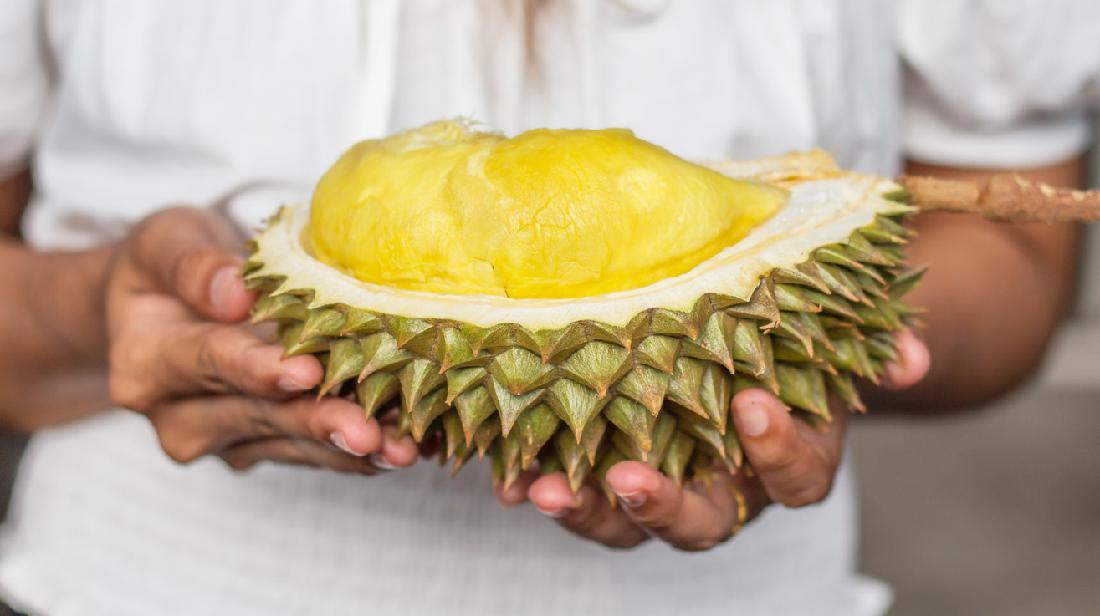 Makan Durian Saat Hamil Muda Boleh Enggak Ya