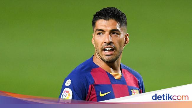 Barcelona Dituding Tutupi Borok dengan Luis Suarez