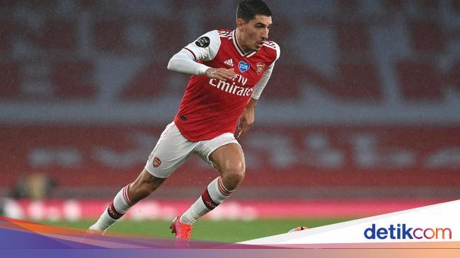 Jelang Final Piala FA, Bellerin Rancang Jas Skuat Arsenal