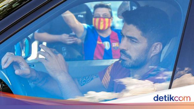 Resmi! Atletico Umumkan Transfer Luis Suarez dari