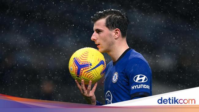 Roy Keane Tidak Suka Chelsea, tapi Suka Satu Pemai