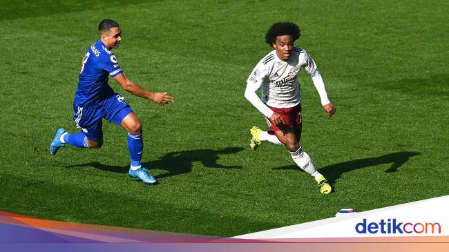 3 Willian Mekar Lagi di Arsenal
