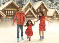 Rayakan Tahun Baru Imlek dengan Beragam Keseruan di Trans Snow World Bekasi