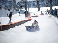 Mengintip Wahana Salju di Trans Snow World Bekasi, Mana yang Paling Seru?