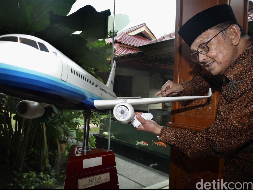 Pesawat R80 BJ Habibie Jadi Program Prioritas Periode ke-2 Jokowi