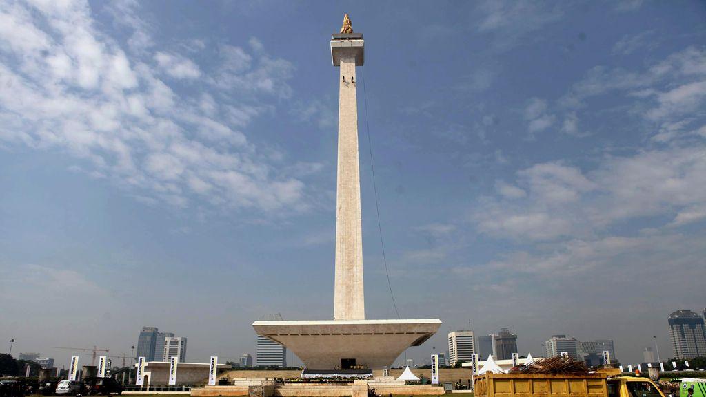 Aksi Damai 2 Desember Selesai, Tapi Wisata di Monasnya Lain Kali Ya