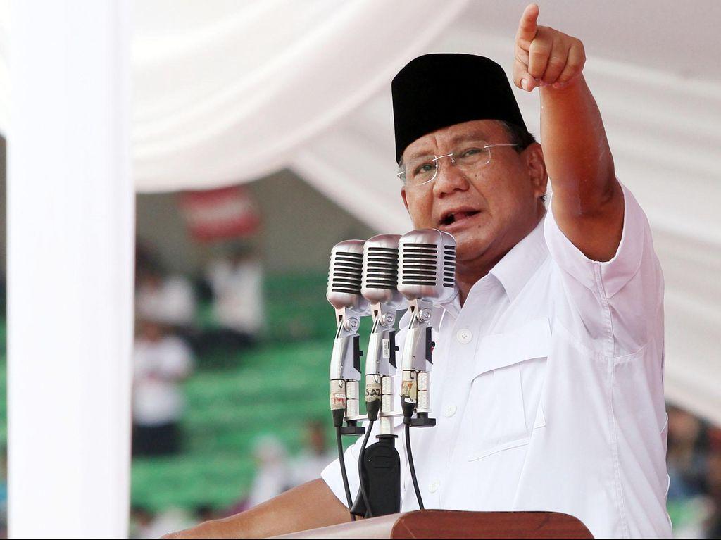 Foto: Kostum Prabowo dari Pilpres 2009-2019