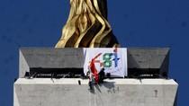 Ikut Aksi Damai 2 Desember, Jadi Penasaran Kilau Emas di Puncak Monas