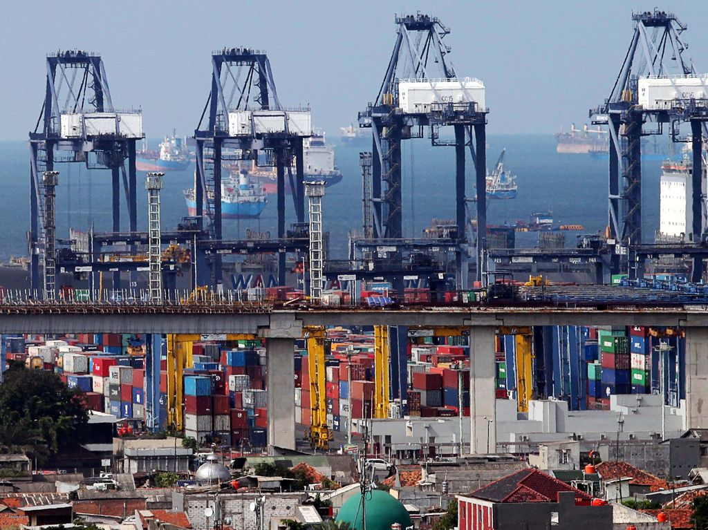 Pemerintah Permudah Aturan Tata Niaga Ekspor Impor