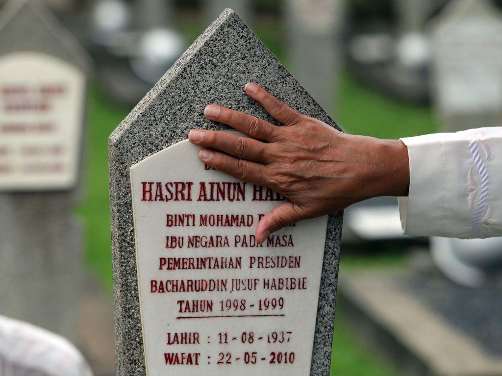 Di Sebelah Makam Inilah Habibie Akan Dikebumikan