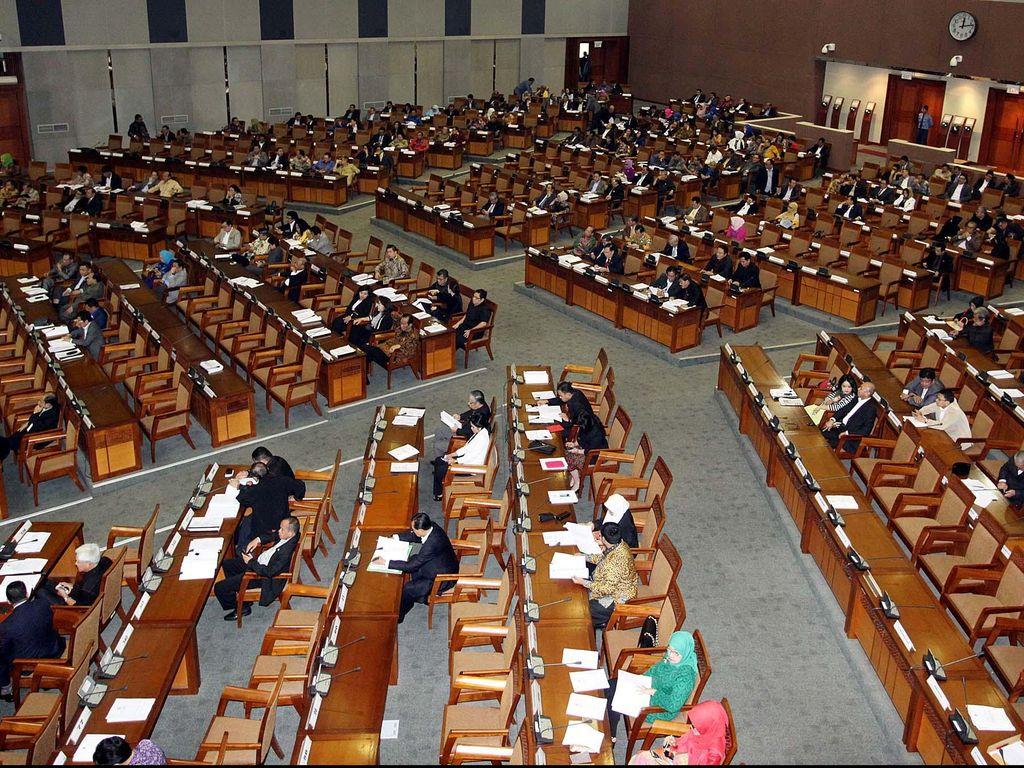 Usul DPR Tak Digaji Jika Tak Rampungkan UU Menguat