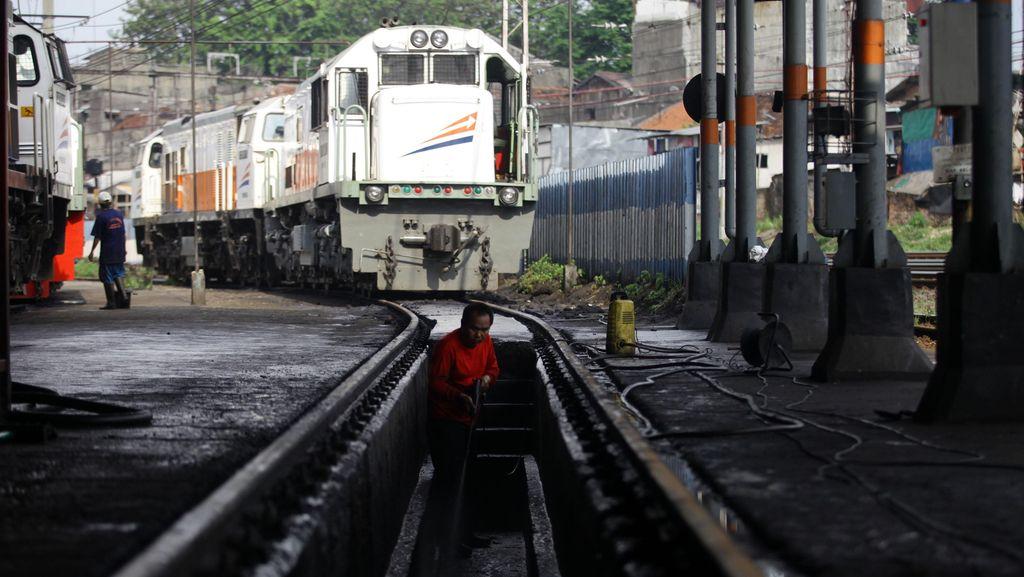 Tawarkan Kereta JKT-SBY ke Jepang, Sebagai Pengganti Kereta Cepat?