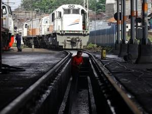 Libur Isra Miraj, PT KAI Operasikan 14 KA Tambahan dari Jakarta