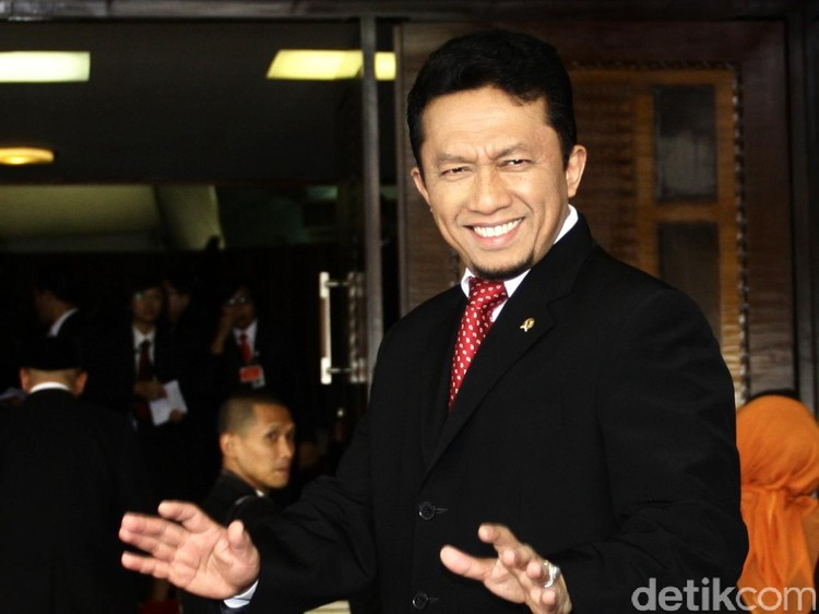 Tifatul: Kiai Maruf Amin Ulama Besar, Jangan Di-bully