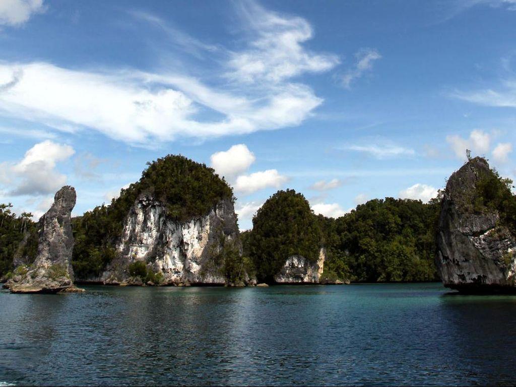 Wapres Minta Tempat Wisata Papua Sediakan Musala dan Makanan Halal