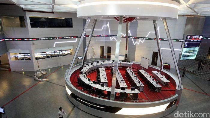 Indeks Harga Saham Gabungan, bergerak datar menjelang putusan MK soal Pilpres 2014, Kamis (21/08) siang nanti.