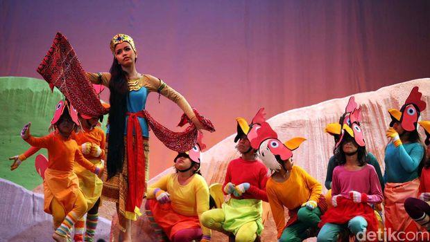 Pertunjukan seni teater drama musikal kembali digelar di Graha Bakti Budaya, Taman Ismail Marzuki, Jakarta, Sabtu (7/7) dan Minggu (8/7). Pentas tersebut mengambil tema 'Roro Jonggrang'. File/detikFoto.