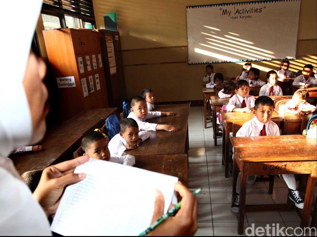 Kemenkeu Setop Penyaluran Tunjangan Guru di Daerah