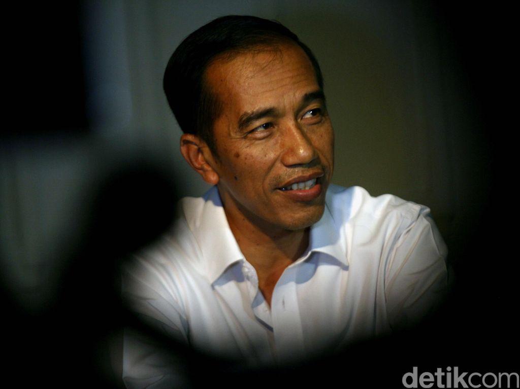 Tentang Relawan Kardus yang Dimaksud Jokowi