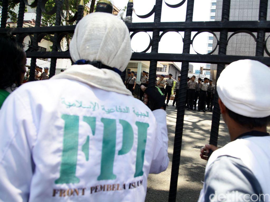 2 Organisasi Terlarang di Era Jokowi: HTI dan FPI