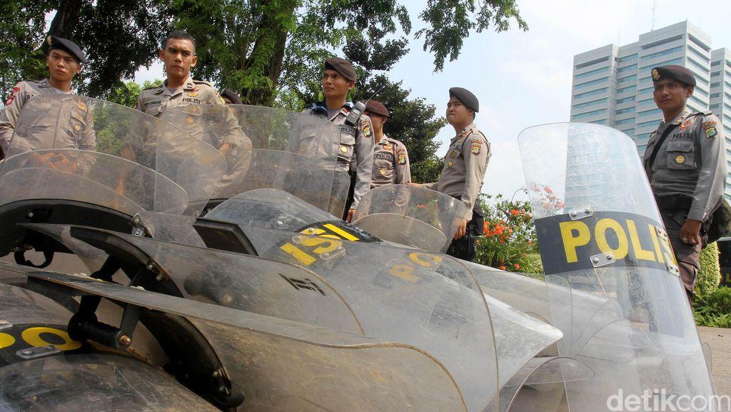 2 Ribuan Personel Siap Amankan Salat Berjamaah dan Doa Bersama 1212 di Bandung