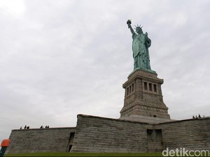 Polisi Tangkap Pria yang Bikin Kabar Palsu Ancaman Bom Patung Liberty