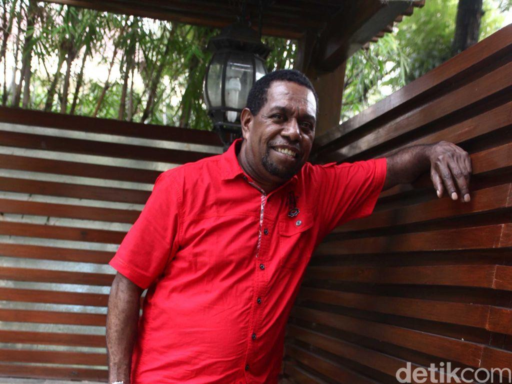 Polda Papua Barat Jawab Masalah Miras yang Disinggung Edo Kondologit