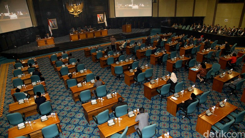 Kemendagri: Gubernur Wajib Pidato di Depan DPRD