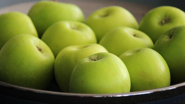 Ilustrasi apel hijau