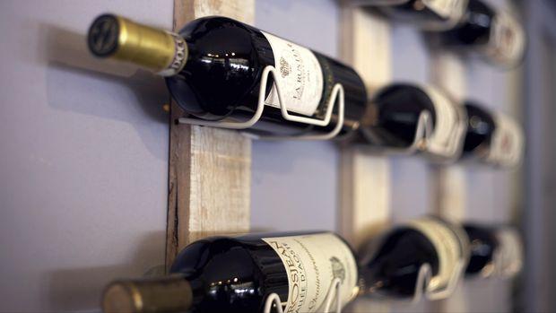 Ilustrasi rak anggur