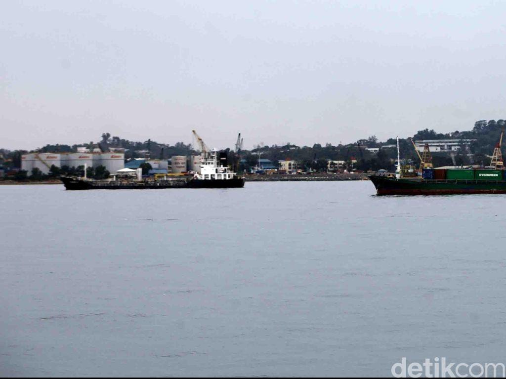 Batam Mau Saingi Singapura? JK: Pelabuhan Seperti Tahun 50-an