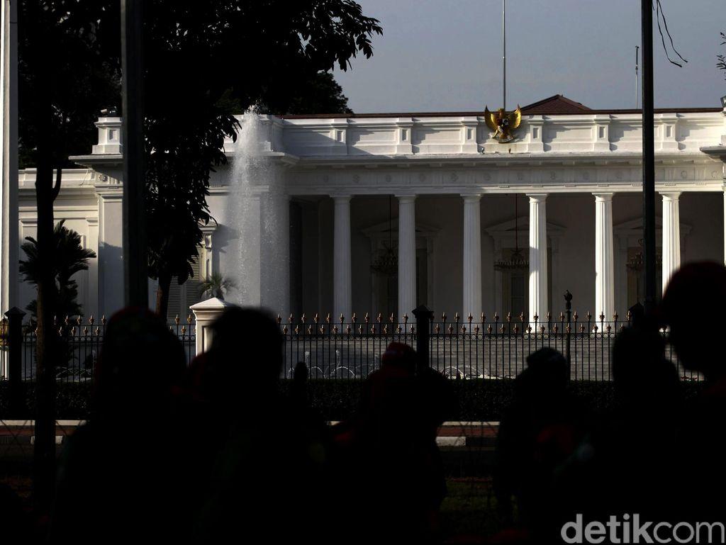 Prabowo Sebut Ekonomi RI Rapuh, Ini Respons Istana