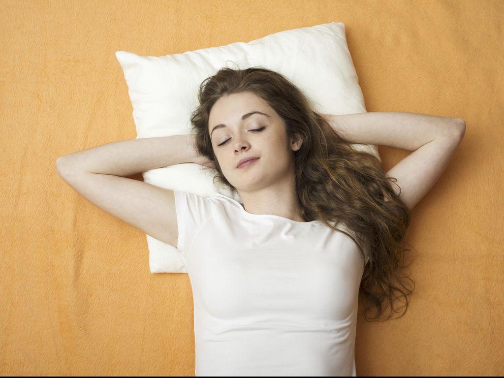 Manfaat dan Cara Tidur Siang di Kantor untuk Tingkatkan Produktivitas Kerja