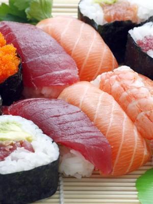 Tips Makan Sushi Agar Berat Badan Ideal Tetap Terjaga