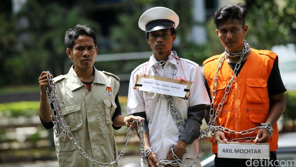 Praperadilan Kandas, Bupati Buton Dipanggil Paksa di Kasus Akil