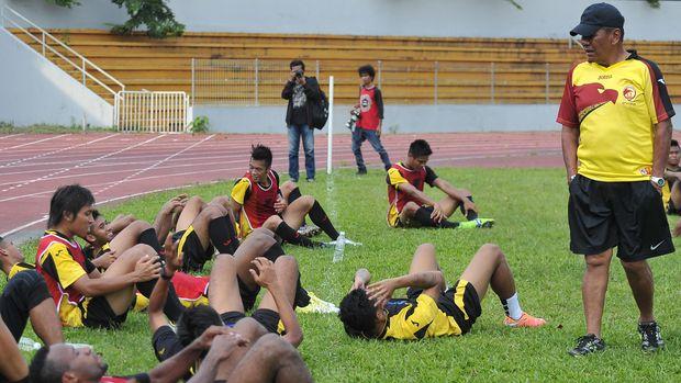 Benny Dolo saat menukangi Sriwijaya FC.