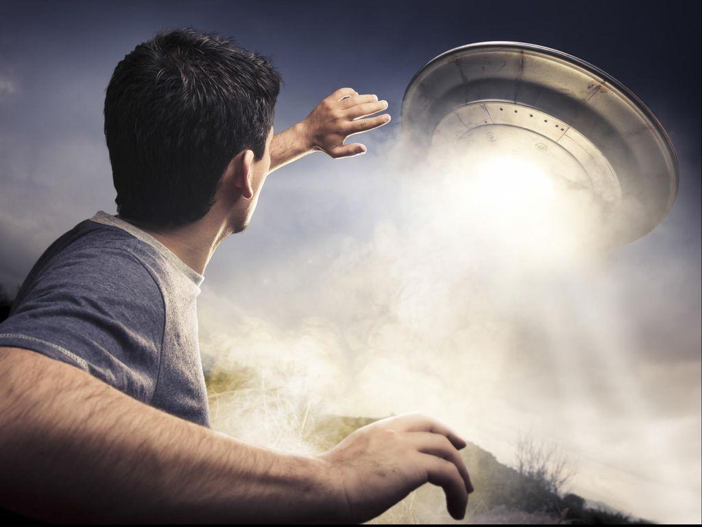 Pengakuan Pernah Diculik UFO, dari New Hampshire hingga Cirebon