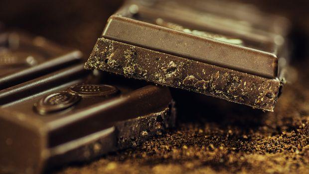 Ilustrasi Dark Chocolate