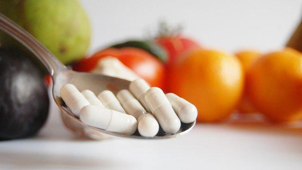 Ilustrasi suplemen vitamin