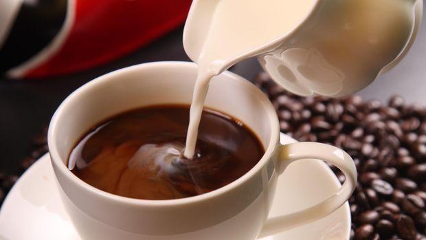 Ilustrasi Kopi dengan susu
