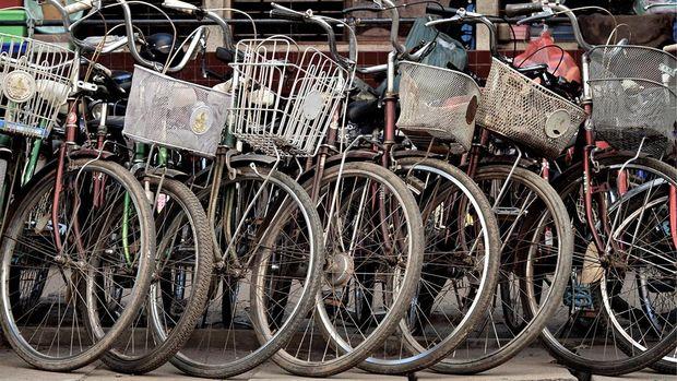Ilustrasi tempat parkir sepeda