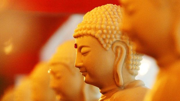 Ilustrasi patung Buddha