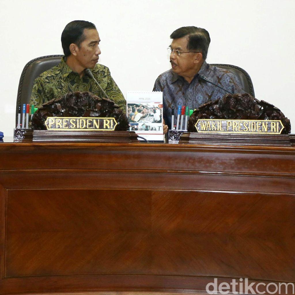 Jokowi Bertemu Habibie dan Try Sutrisno Secara Tertutup