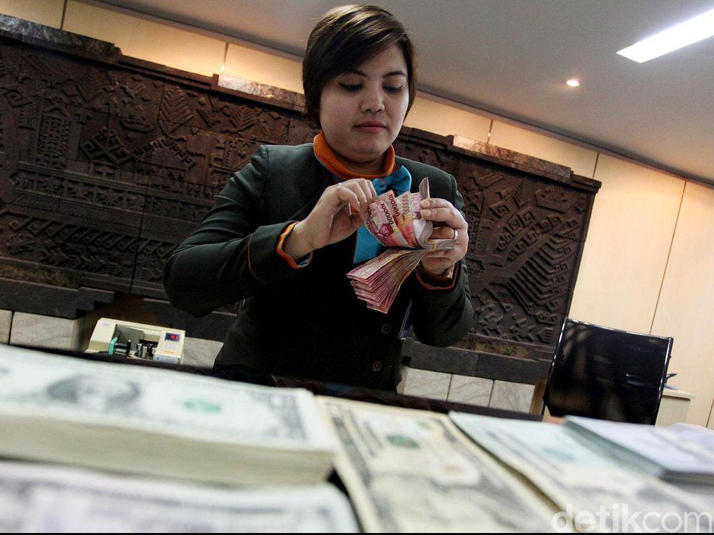 Jumlah Pegawai Bank Terus Berkurang