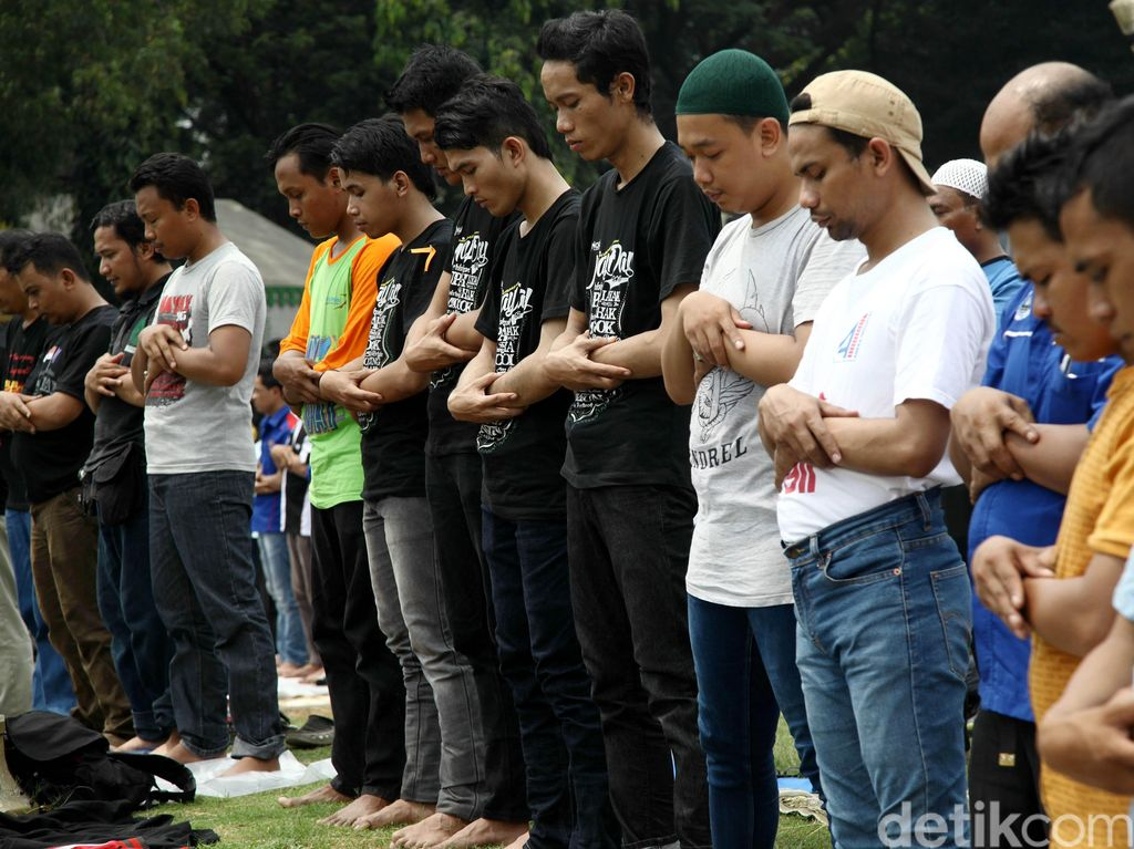 Cek Jadwal Sholat atau Waktu Sholat Jakarta dan Seluruh Indonesia di Sini